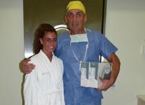 Dr. Tizedes György Orvosigazgatóval a Miss Fitness Hungary a beavatkozás előtt a kiválasztott SILIMED implantátumokkal